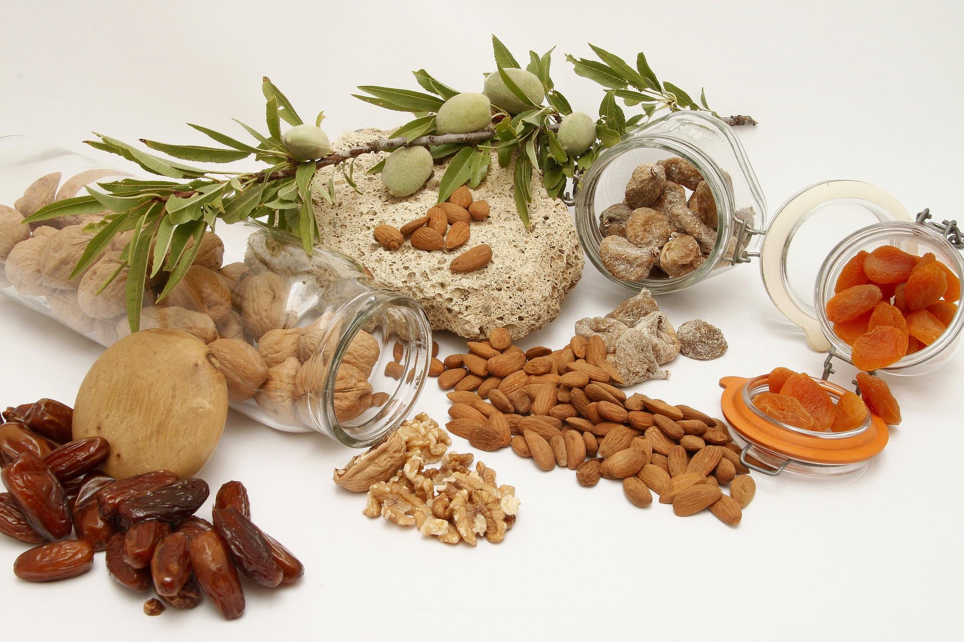 Орехи, сухофрукты, овощи